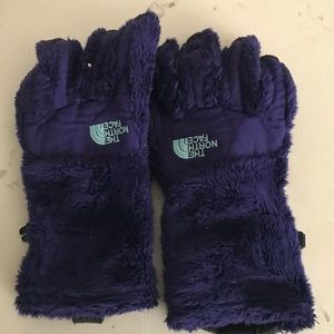 Purple fuzzy north face gloves